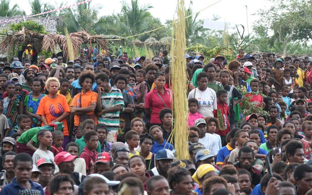 Crowd in Yangoru-Saussia, East Sepik, Papua New Guinea.