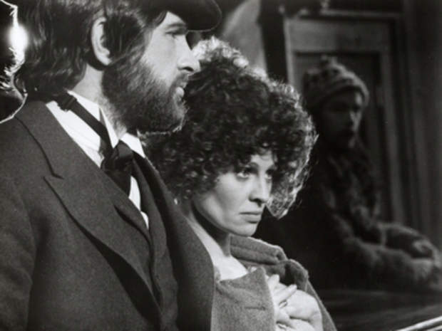 Warren Beatty and Julie Christie on the set of Altman's McCabe & Mrs Miller