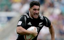 Teddy Stanaway playing for the New Zealand sevens team.