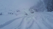 The Napier-Taupo highway is closed due to heavy snow.