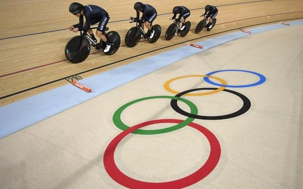 Rushlee Buchanan, Lauren Ellis, Jaime Nielsen and Racquel Sheath cycle during the women's Team Pursuit first round.