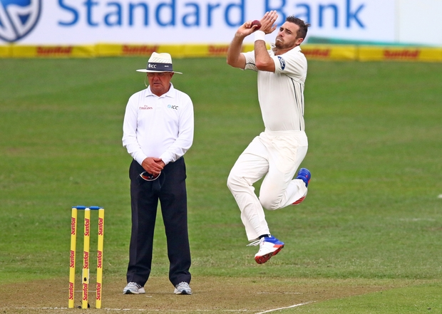 South Africa reaches 236-8 at stumps against New Zealand