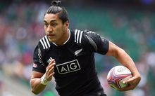 Reiko Ioane playing for the New Zealand men's sevens team.