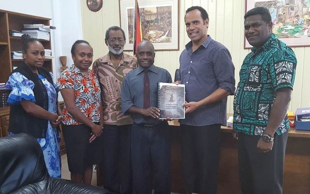 Vanuatu Constitutional Review Committee with its report.