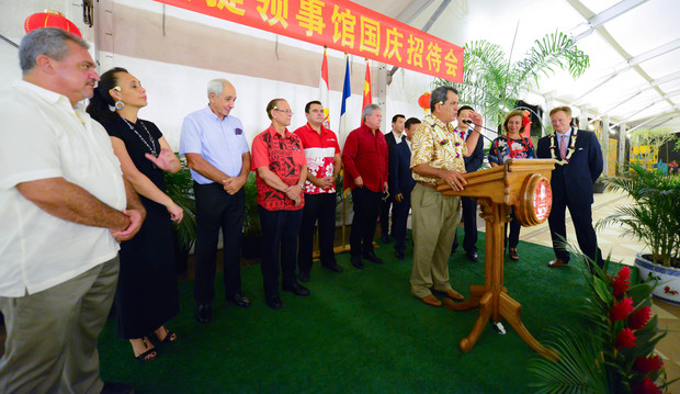 French Polynesia president Edouard Fritch addressing business delegation on Chinese holiday