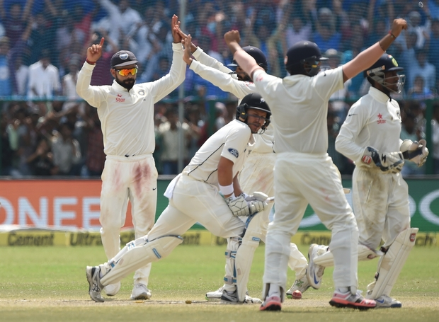 India celebrate wicket of BJ Watling during the Black Caps first test in Kanpur