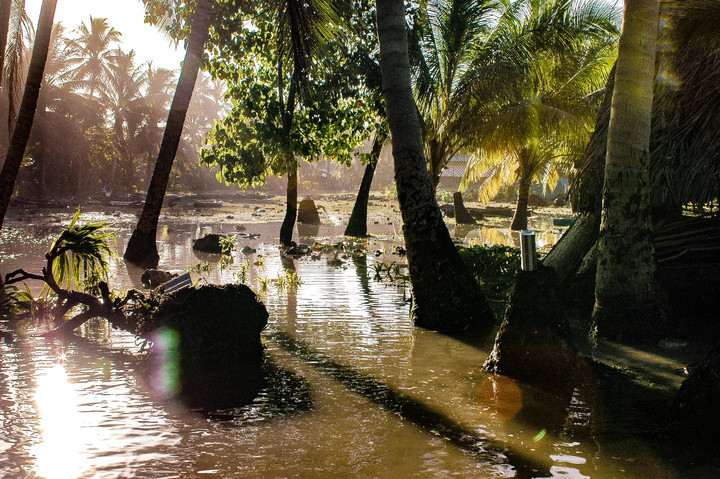 High tide on Takuu, Bougainville.