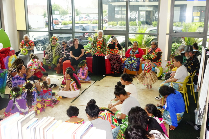 Members of Tuvalu community gather at Ranui Library to celebrate Tuvalu language week