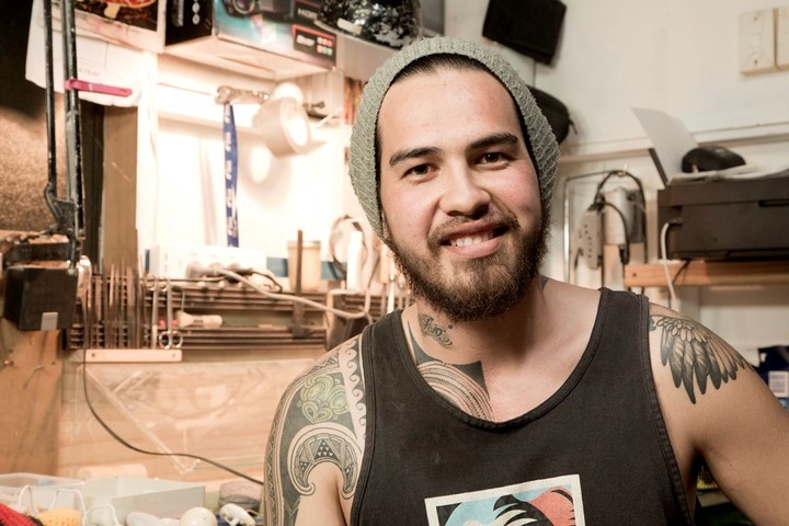 Te Kanawa says as an artist the toughtest part is being away from whanau.