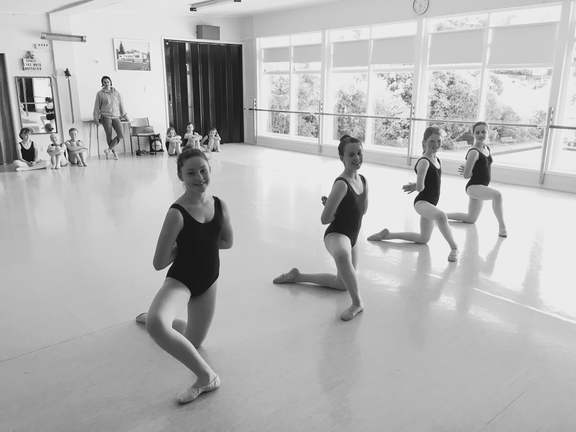 Wellington Ballet extension class