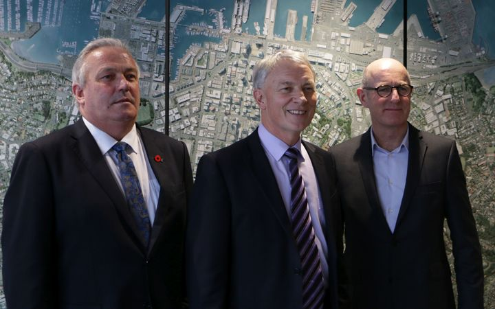 Auckland Mayor Phil Goff flanked by his new deputy Bill Cashmore (l) and Planning Committee chair Chris Darby (r).