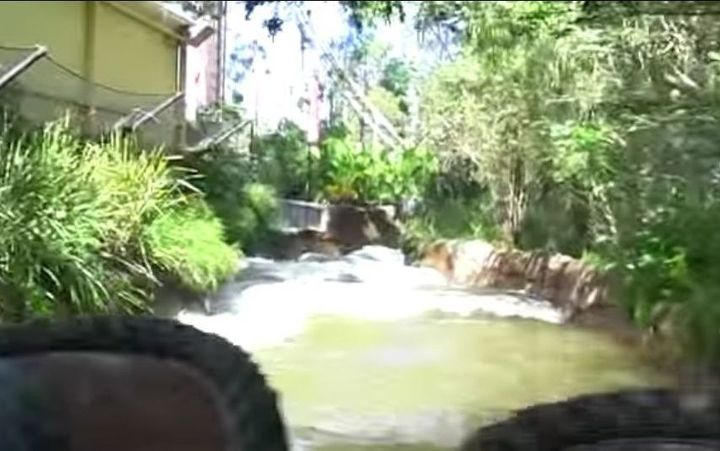 "A video posted on YouTube, captioned ""Dreamworld Thunder River Rapids Ride (Mar 2013)"""