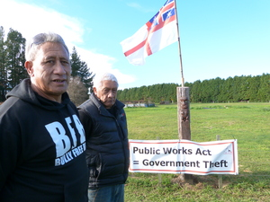 Hapu elders Paraone Pirika (front) and George Mutu on Owhata Road, where they suspect the Rotorua Eastern Arterial will go.