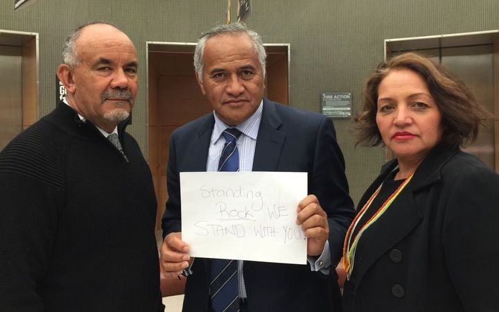 Te Ururoa Flavell, Tukoroirangi Morgan and Marama Fox stand in support of Standing Rock protesters.