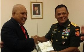 Fiji's Minister for Defence and National Security Ratu Inoke Kubuabola (left) with the Chief of the Tentara Nasional Armed Forces of Indonesia Gatot Nurmantyo.