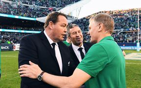 Steve Hansen and Wayne Smith congratulate Joe Schmidt after Ireland beat All Blacks 2016.