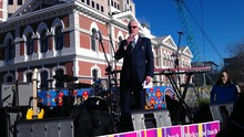 Mayor Bob Parker welcomes the public back to Cathedral Square.