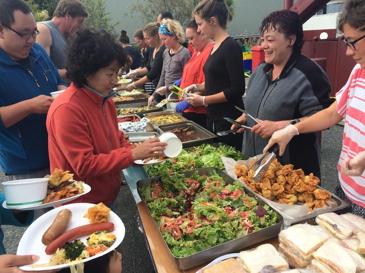 Takahanga Marae served more than 10,000 meals over the past week.