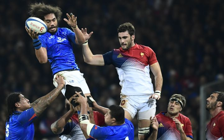 Chris Vui wins a lineout on test debut for Manu Samoa against France.