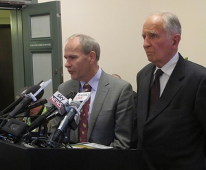 Mayor Len Brown, left, and Consensus Building Group chair Stewart Milne.
