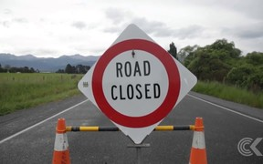 People leave Kaikoura as Inland Road opens to the public