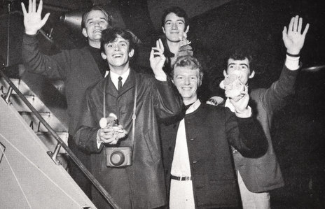 Leaving on a (turboprop) plane - Ray Columbus & The Invaders head home from Australia, 1964