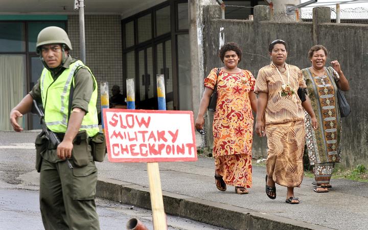 Suva roadblocks after 2006 Fiji military coup