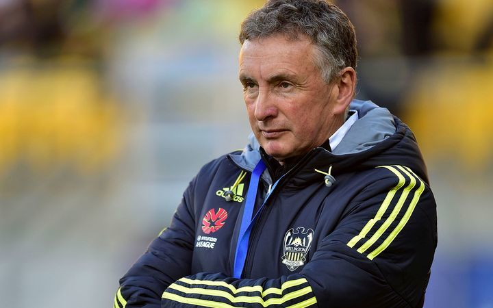 Ernie Merrick has resigned as Wellington Phoenix head coach.