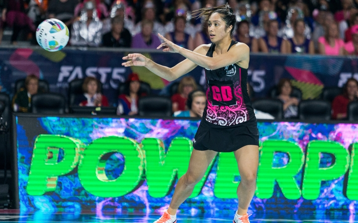 Phoenix Karaka in action for the Fast5 Ferns
