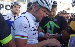 81b2fde60 Cycling  Armstrong s former manager banned for life