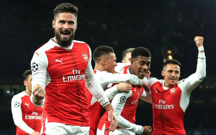 Arsenal's Olivier Giroud celebrates.