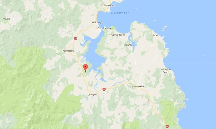 The fire has destroyed four buildings on Comers Road on the Coromandel Peninsula.