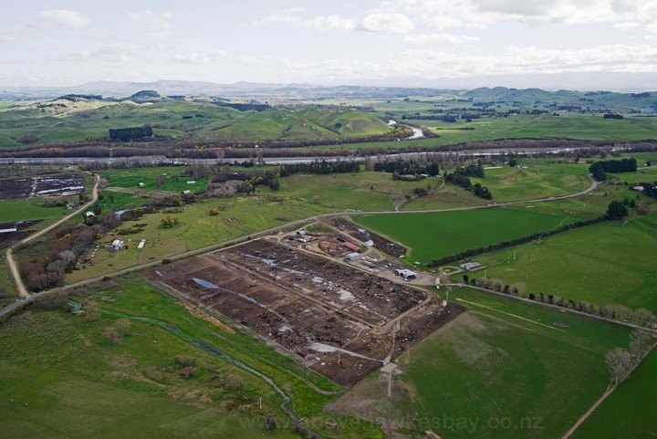 A feedlot on Walker Road, on the Papanui Stream.