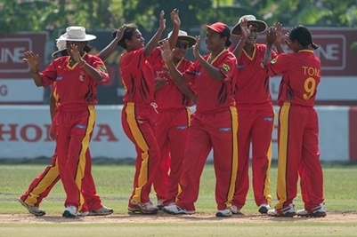 PNG take on Scotland at the Women's Cricket World Cup Qualifier.