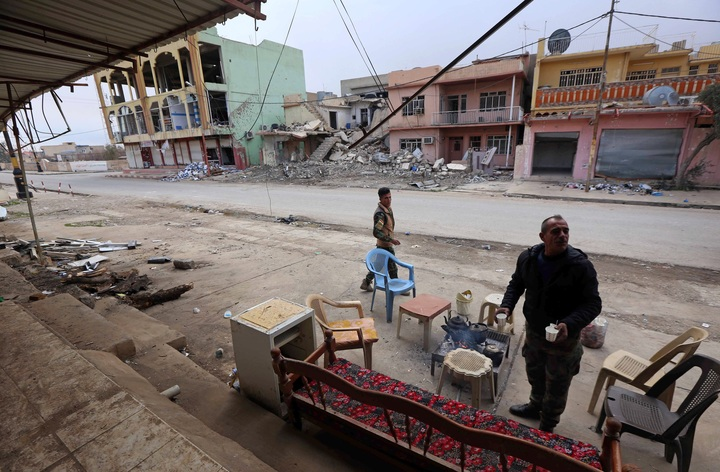 Battle Against ISIS In Mosul: Iraqi Forces Advance on Airport