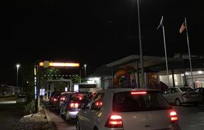 Cars lining up at an Auckland takeaway on Tuesday 28 April as New Zealand returns to level 3 restrictions.