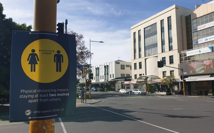 2 metre distance signs in Newmarket Auckland on day one of alert level 3 on 28 April.