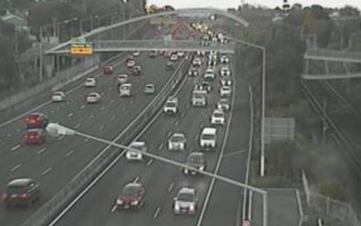 Traffic is starting to build on Auckland's Southern Motorway as students return to school and workers return to offices.