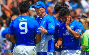 Samoa coach Gordon Tietjens talks tactics.