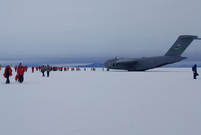 A US Airforce C17 Globemaster on the Phoenix airfield near Scott Base and McMurdo Station on the Ross ice shelf.