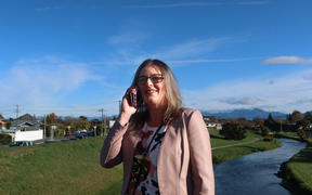 Tennyson Inlet resident Leanne Schmidt has asked the Marlborough District Council to improve internet coverage for the region's rural residents.