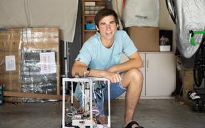 Thomas James, a year 13 student at Burnside High School in Christchurch, is the winner of the $50,000 Prime Minister's Future Science Prize for 2019.