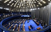 Overview of the Senate session during a debate of a vote on suspending President Dilma Rousseff.