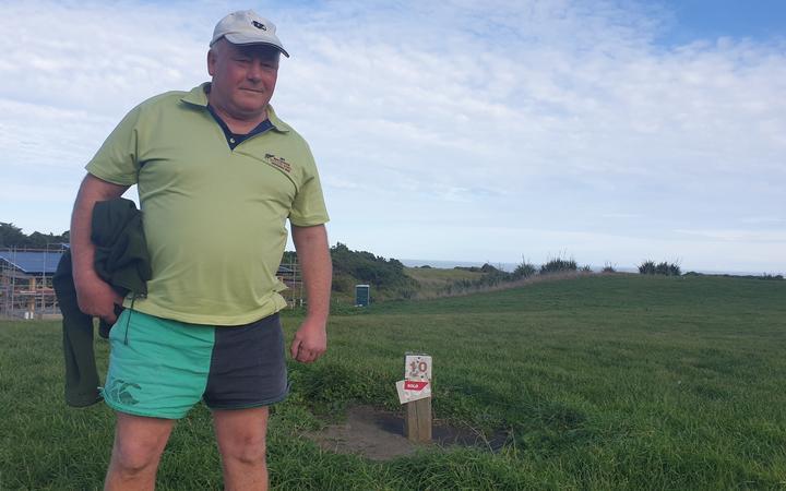 Waverley's freezer worker, Fraiser Fields, will build a bach on Waipipi Beach.