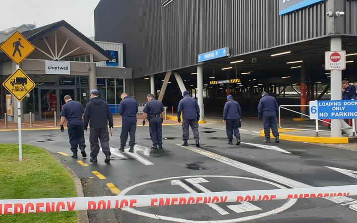 Police teams search through an area near the Chartwell Mall in Hamilton after reports of possible homemade explosives on 6 August, 2020.