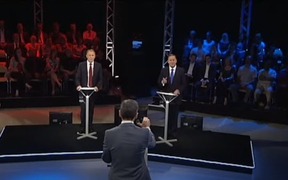 Guyon Espiner moderates the 2011 leaders' debate between Phil Goff and John Key