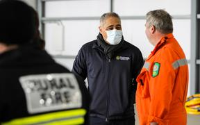 Civil Defence Minister Peeni Henare visiting the Lake Pukaki fire and talking to fire-fighters