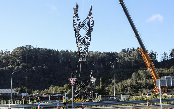 The large flame sculpture Te Ahi Tupua was installed on the Hemo roundabout at the southern entrance to Rotorua. 12 September 2020  The Daily Post Photograph by Andrew Warner.