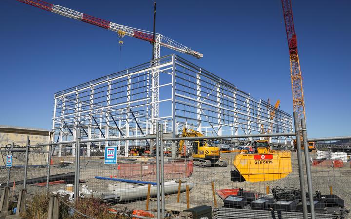 Building progress on the construction