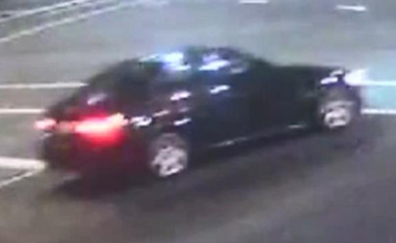 A black BMW 320i sedan was seen speeding towards Ōtāhuhu minutes after the shooting of Meliame Fisi'ihoi.